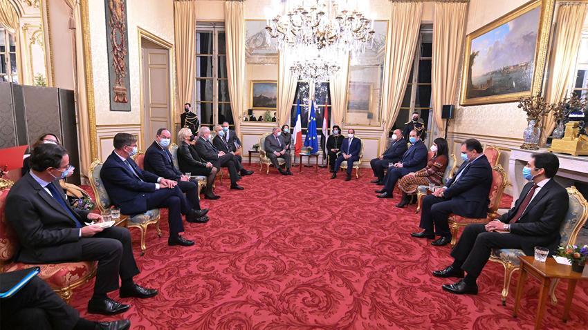 الرئيس عبد الفتاح السيسي يلتقي رئيس مجلس الشيوخ الفرنسي