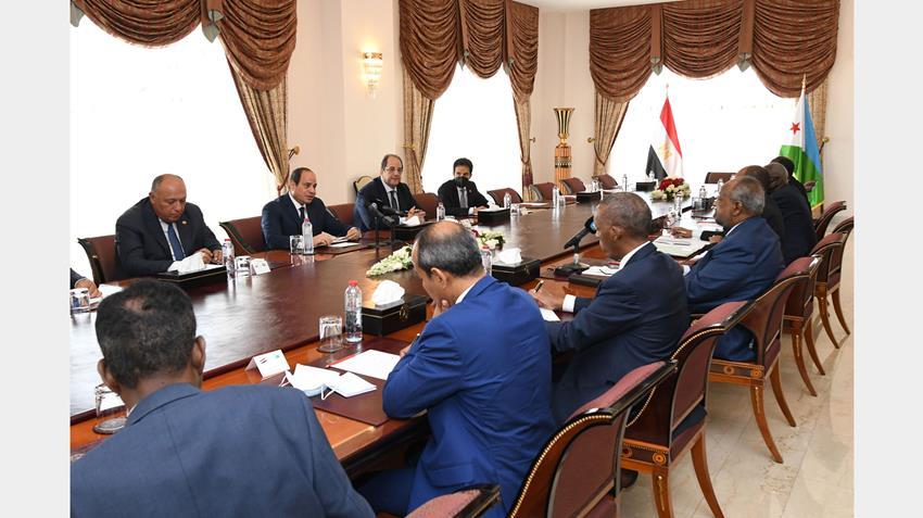 الرئيس عبد الفتاح السيسي يعقد جلسة مباحثات ثنائية مع رئيس جيبوتي في القصر الجمهوري