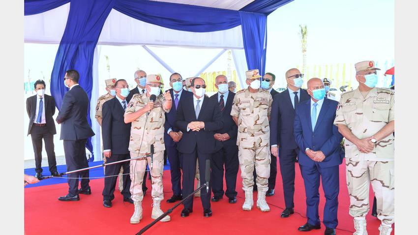 الرئيس عبد الفتاح السيسي يتفقد أعمال تطوير المحاور والطرق الجديدة بمحافظة الإسكندرية
