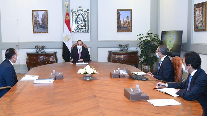الرئيس عبد الفتاح السيسي يجتمع برئيس مجلس الوزراء ووزير الاتصالات وتكنولوجيا المعلومات