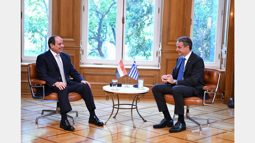 الرئيس عبد الفتاح السيسي يلتقي رئيس وزراء اليونان