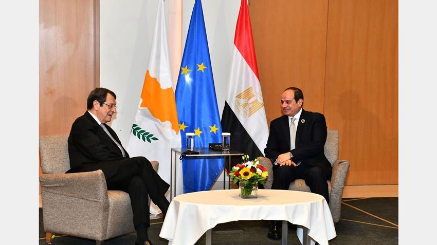 الرئيس عبد الفتاح السيسي يلتقي الرئيس القبرصي في العاصمة اليونانية أثينا