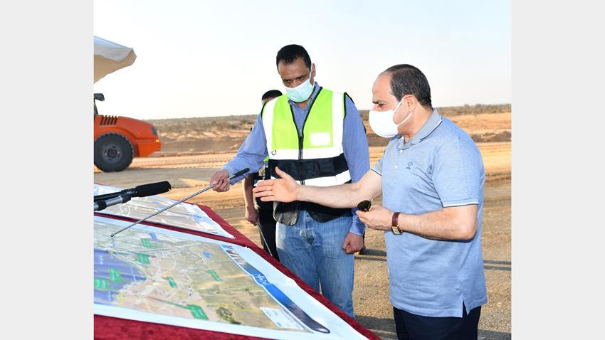الرئيس عبد الفتاح السيسي يتفقد مشروعات تطوير شبكة محاور وطرق الساحل الشمالي