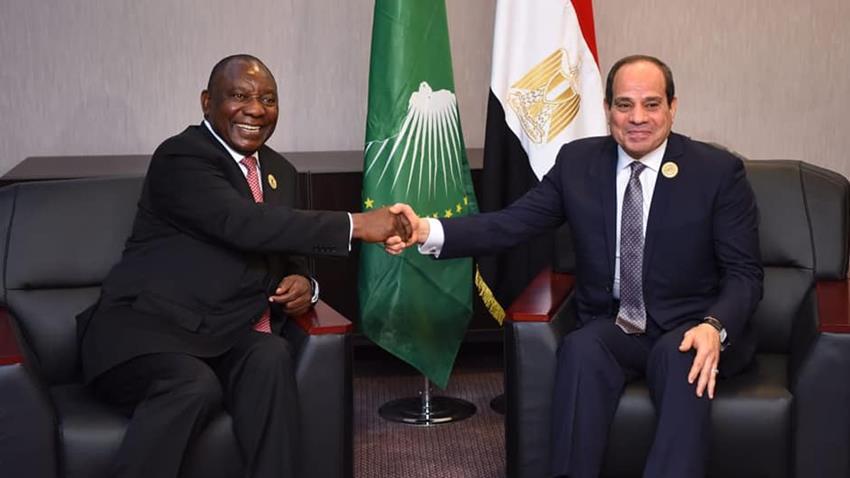 الرئيس عبد الفتاح السيسي يلتقي بنظيره الجنوب أفريقي بنيامي في النيجر