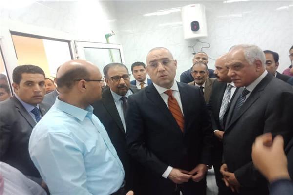 وزير الإسكان ومحافظ الجيزة يشهدان التشغيل التجريبي لمحطة مياه الحوامدية بطاقة 70 ألف م3 يومياً