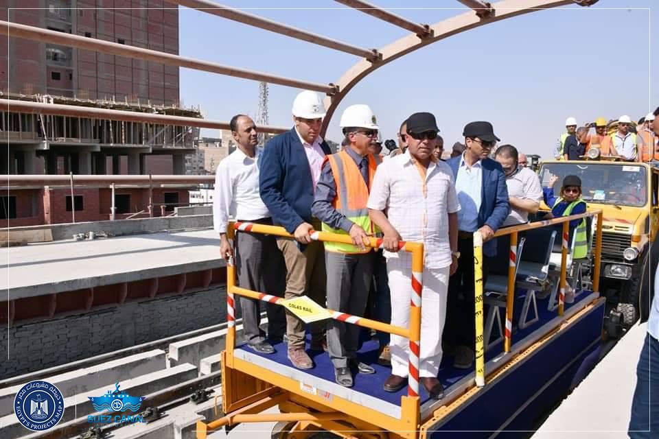 الفريق كامل الوزير يتفقد مشروع تنفيذ المرحلة الرابعة للخط الثالث للمترو والقطار الكهربائى