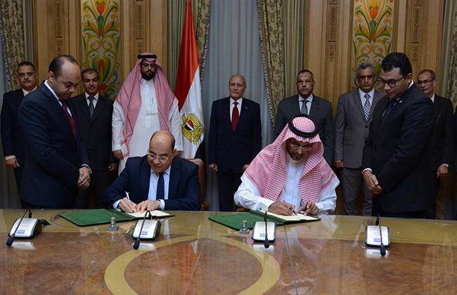 وزير الإنتاج الحربي يشهد توقيع اتفاقية مع نيوتن السعودية