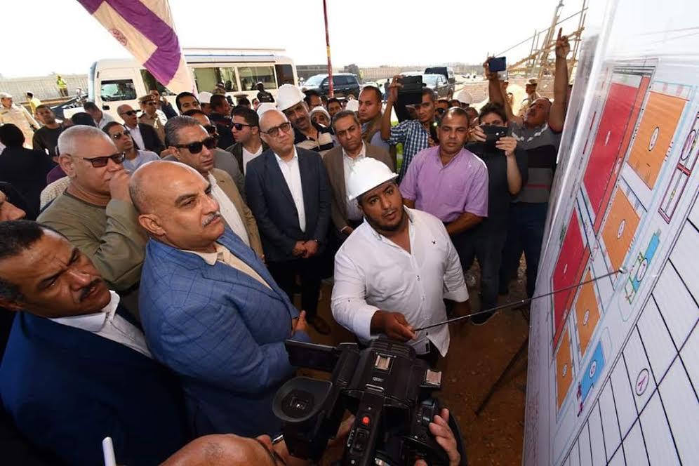 وزير الإسكان ومحافظ سوهاج يتفقدان محطة صرف صحى المنشأة وأولاد حمزة بمحافظة سوهاج