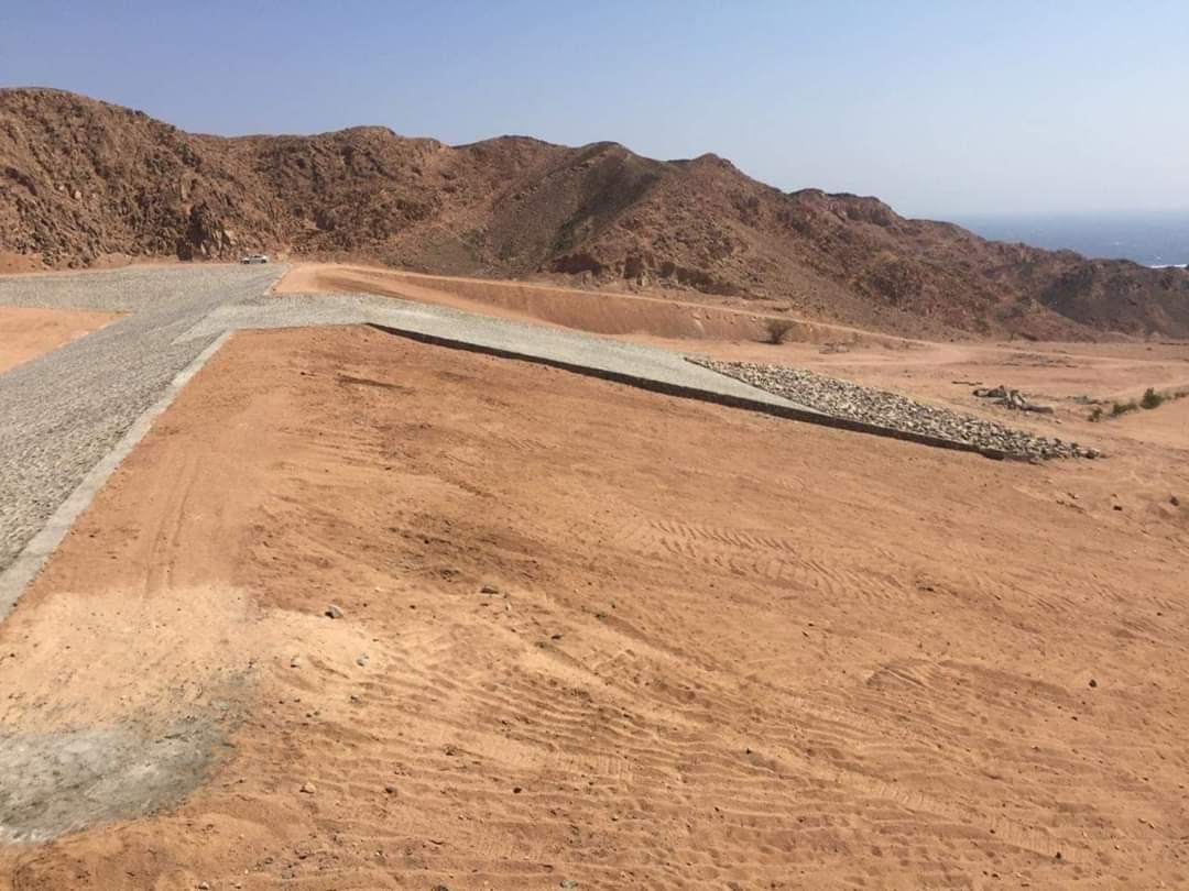 إنشاء سد وبحيرة صناعية لحماية منطقة وادي البيضا بمحافظة جنوب سيناء من أخطار السيول