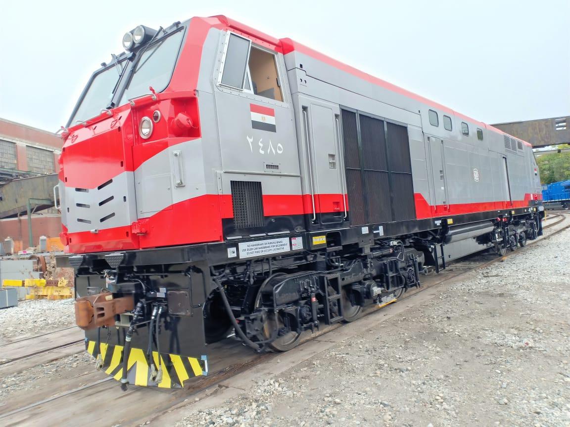 ميناء الإسكندرية يستعد لاستقبال أول شحنة جرارات أمريكية جديدة للسكة الحديد بواقع 10 جرارات