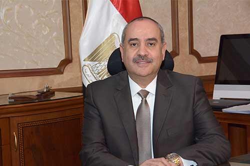 السيرة الذاتية للطيار محمد منار وزير الطيران المدنى الجديد (بروفايل)