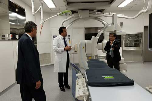 وزير التعليم العالي يبحث دعم التعاون العلمي مع جامعة طوكيو الطبية النسائية