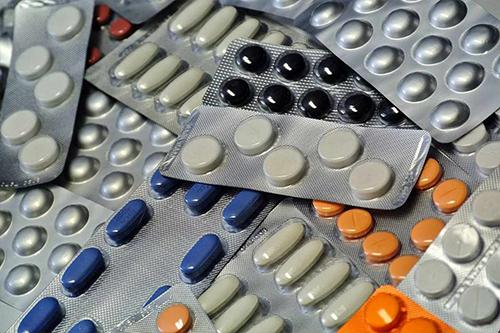 "علاج 125 ألف مريض فيروس سى ""مُنتكس"" بعقار مصري جديد"