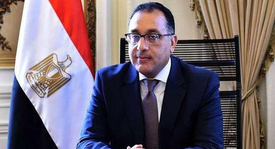 رئيس الوزراء يتابع ملفات عمل ومشروعات وزارة الرى