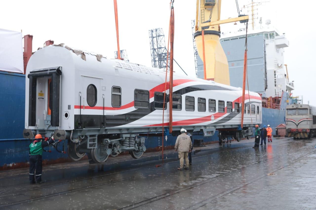 السكة الحديد تعلن الفائز بتصنيع وتوريد 100 جرار جديد خلال الشهر المقبل