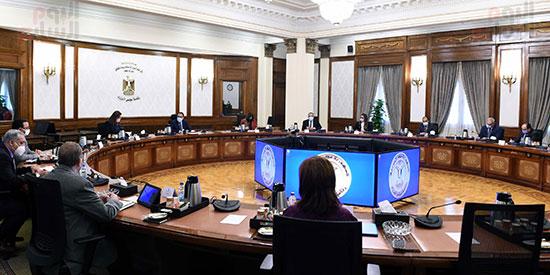 أخبار مصر.. الحكومة تنفى إلغاء الفصل الدراسى الثانى بالمدارس والجامعات