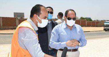 الرئيس السيسى يتفقد أعمال التطوير فى المحاور المحيطة بمطار القاهرة الدولى