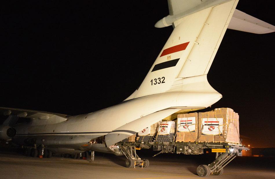 تنفيذا لتوجيهات الرئيس السيسي.. مصر تواصل إرسال المساعدات الطبية لتونس