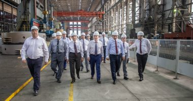 وزير الكهرباء يتابع عملية تصنيع المعدات لمحطة الضبعة من روسيا.. صور