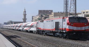 """السكة الحديد تستبدل بعض قطارات خط """"القاهرة - الإسكندرية"""" بعربات روسية جديدة"""