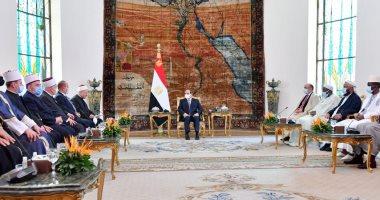 الرئيس السيسى يطالب بالتصدى للرؤى المشوشة الداعية لاستغلال الدين لأهداف سياسية