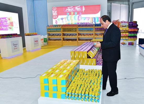 الرئيس السيسى: نسعى لتوفير 8 مليارات جنيه للتغذية المدرسية.. لازم نغذى ولادنا