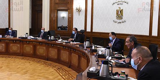 الحكومة تعلن تنفيذ 96.2% من الحى الحكومى فى العاصمة الإدارية الجديدة