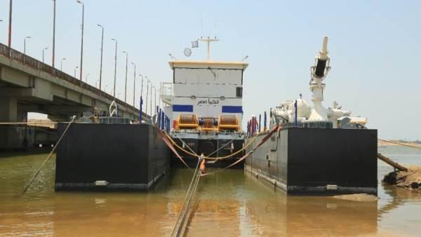 نقل الكراكة تحيا مصر لمصنع الرمال السوداء لبدء أعمال التكريك
