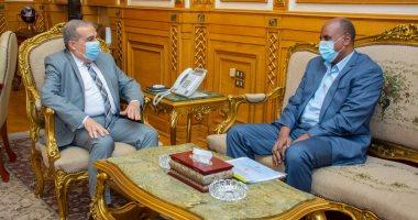 """وزير الإنتاج الحربى يستقبل وفد """"منظومة الصناعات الدفاعية السودانية"""" لتعزيز التعاون"""