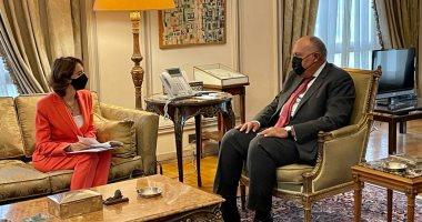 """سامح شكرى يستقبل رئيسة مؤسسة """"آنا ليندا"""" بمقر وزارة الخارجية"""