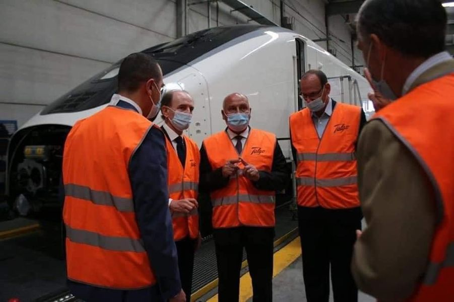 وزير النقل كامل الوزير في زياره سريعه لإسبانيا