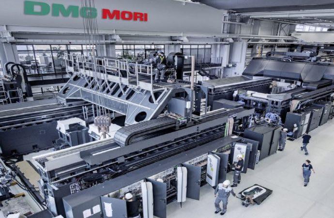 مصر تدخل عصر التصنيع وبناء خطوط الإنتاج