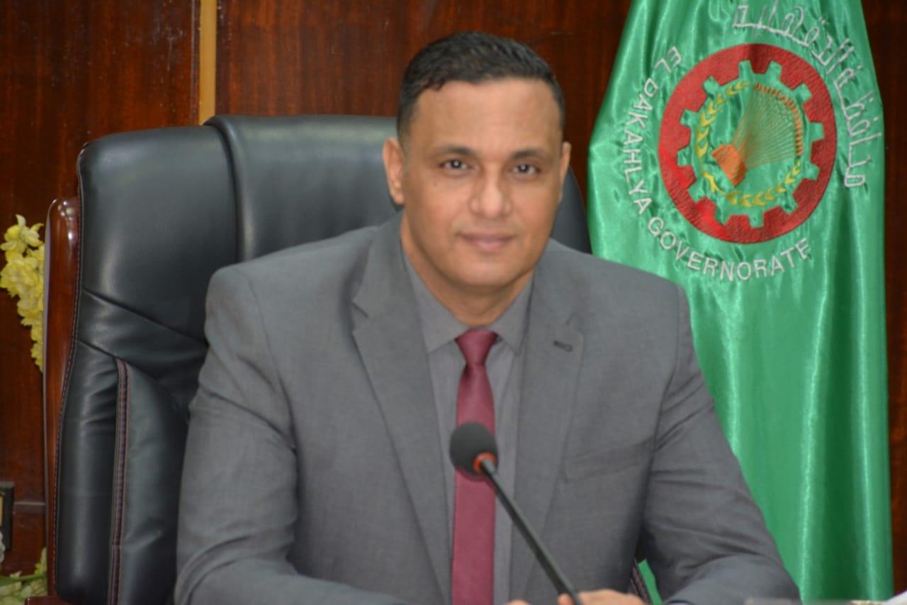 الدكتور أيمن عبدالمنعم مختار