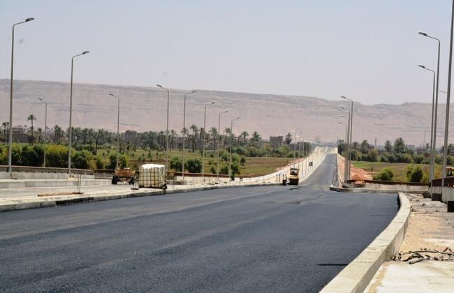 استكمال ازدواج طريق أسيوط - سوهاج غرب النيل