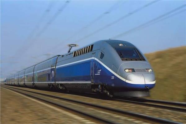 القطار السريع «العلمين - العين السخنة»