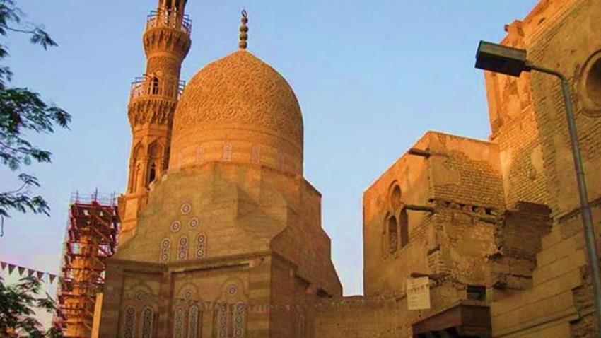 ترميم الجامع الأزرق الأثري بالقاهرة