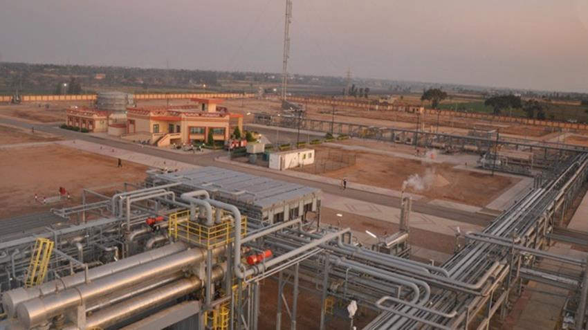محطة ضواغط بحقول الباسنت بدلتا النيل - دمياط