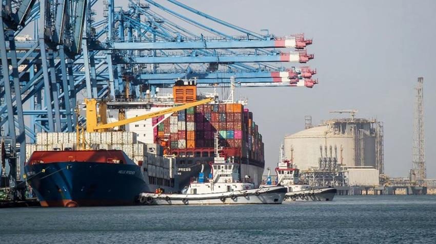 تطوير ميناء إدكو البحري