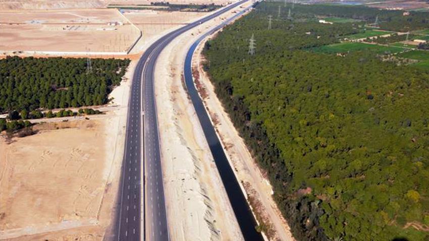 المرحلة الأولى من تطوير طريق شرق بورسعيد - شرم الشيخ