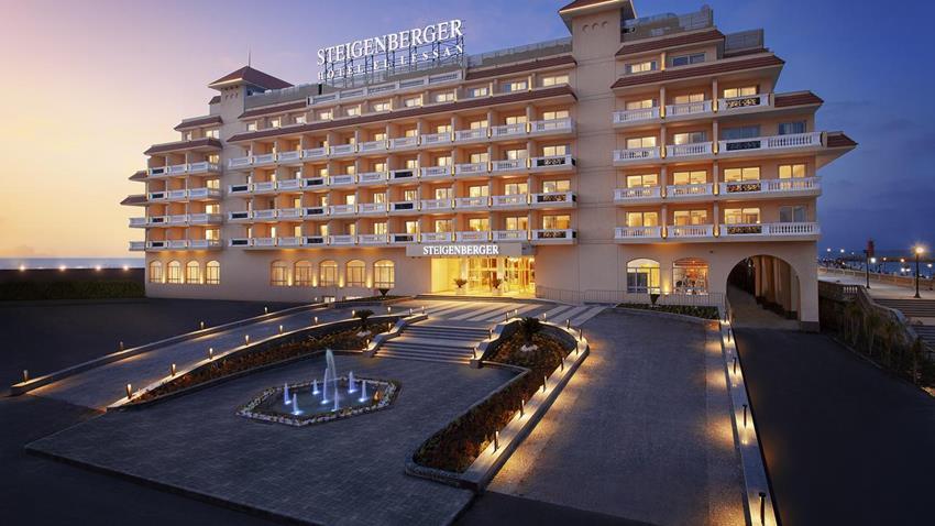 """فندق اللسان""""STEIGENBERGER"""" برأس البر"""