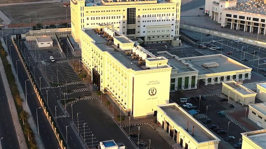إنشاء المجمع الطبي التابع لوزارة الداخلية بالقاهرة الجديدة