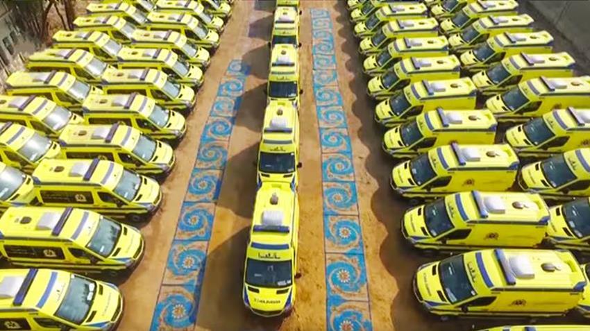 توفير 844 سيارة إسعاف مجهزة طبيا