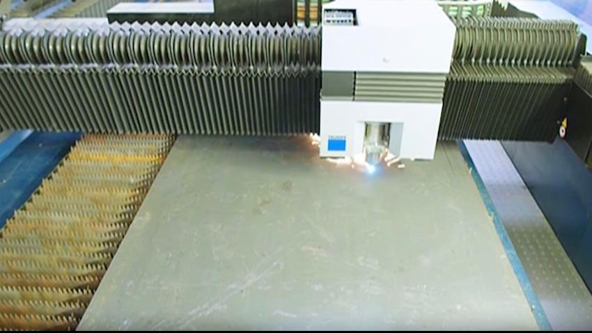 إنشاء مصنع قطع وتشكيل المعادن