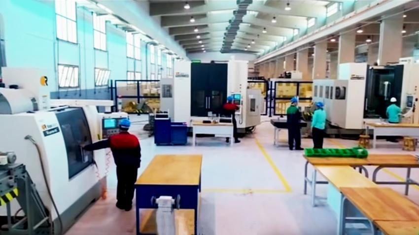إنشاء مصنع إنتاج الرشاشات