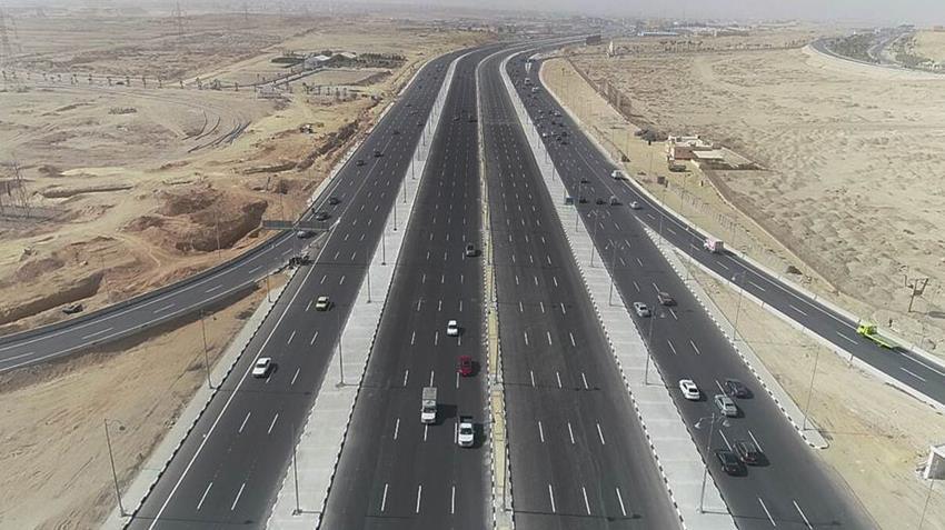 تطوير وازدواج طريق القاهرة - السويس الصحراوي