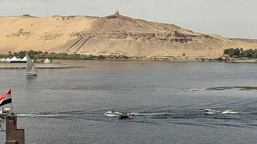 تطوير الطريق الملاحي القاهرة - أسوان