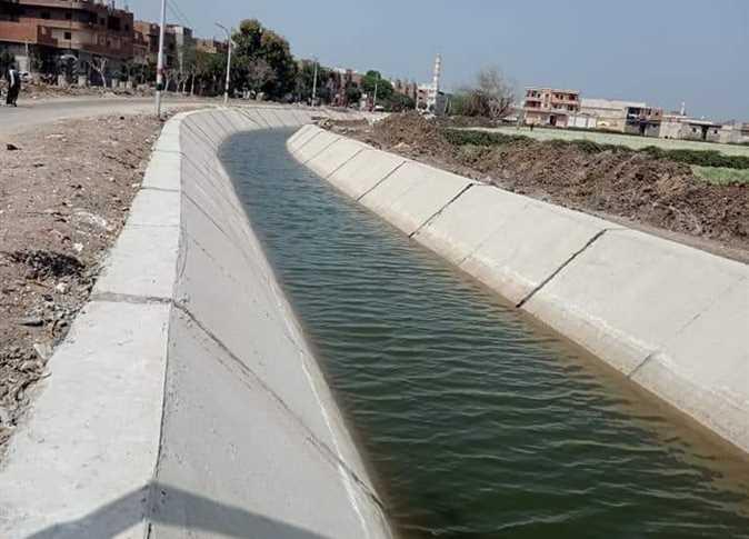 مشروع تبطين ترعة الشيخ سويف محافظة أسيوط
