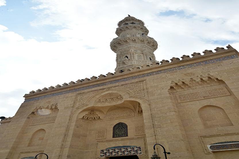 أعمال ترميم مسجد الإمام الشافعى