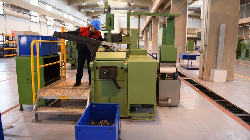 إنشاء مصنع الجلفنة علي الساخن بشركة حلوان للآلات والمعدات