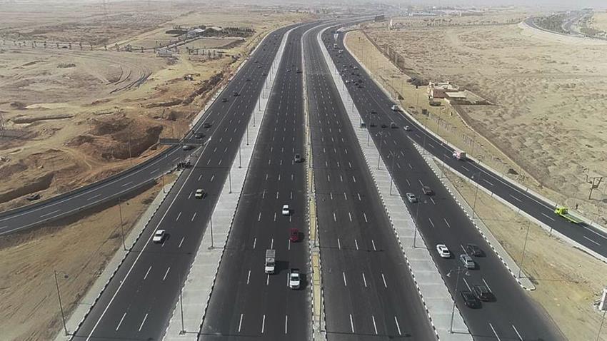 تطوير وتوسعة طريق القاهرة -السويس الصحراوي